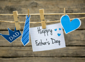 10 Thoughtful Father's Day Gifts In India