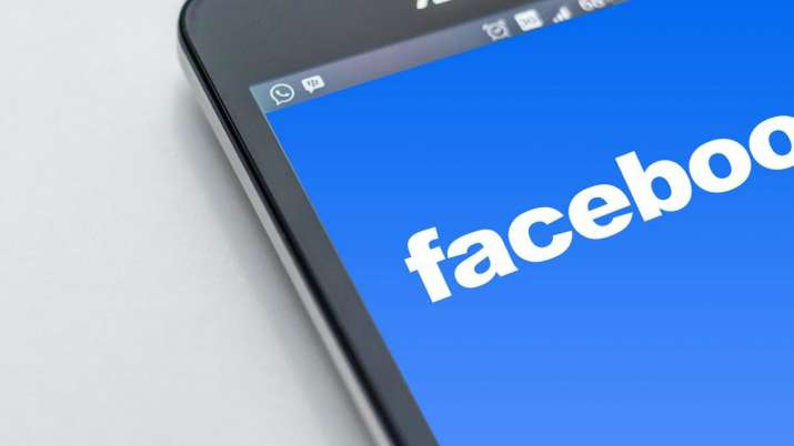 Facebook Opens Fire Messenger for Instagram to All Developers